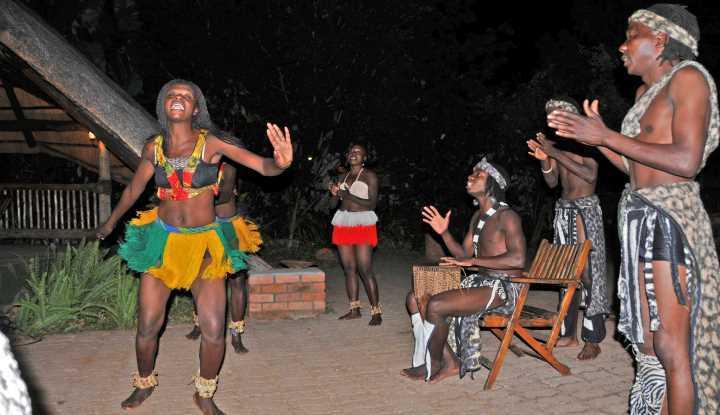 Zimbabwe Tour (16 Days) | African Safaris with Taga