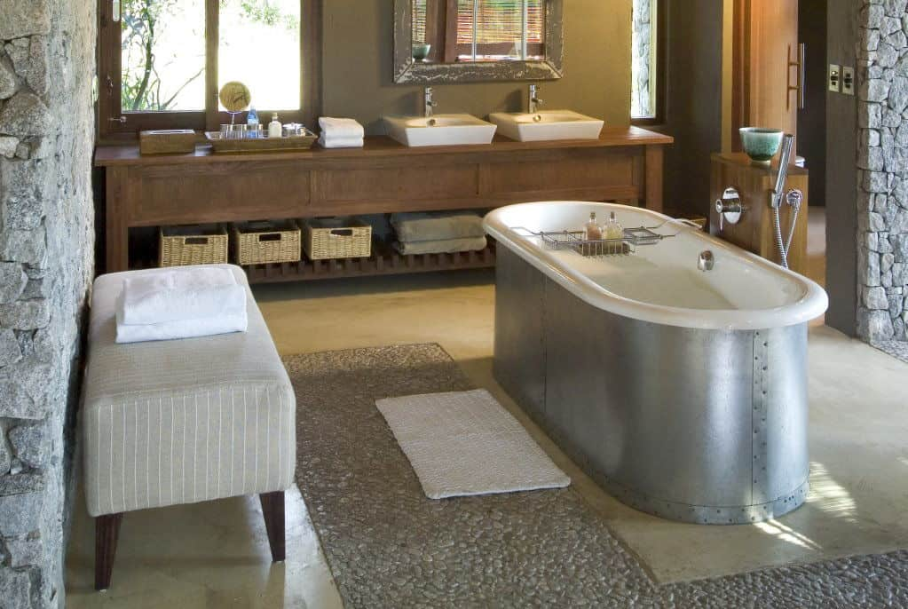 Dulini Leadwood Lodge | African Safari with Taga