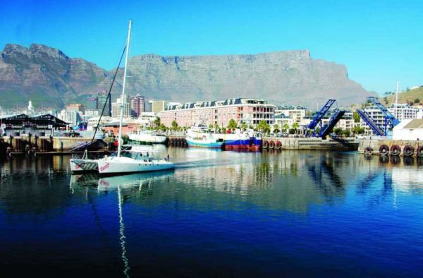 Featured Day Cape Town to Joburg Accommodated