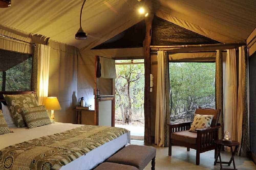 Zimbabwe Safari Lodge Bookings | African Safaris with Taga