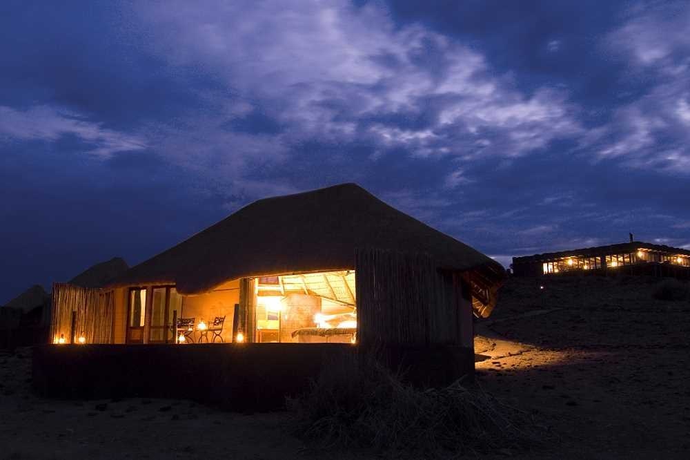 Doro Nawas Camp | African Safaris with Taga