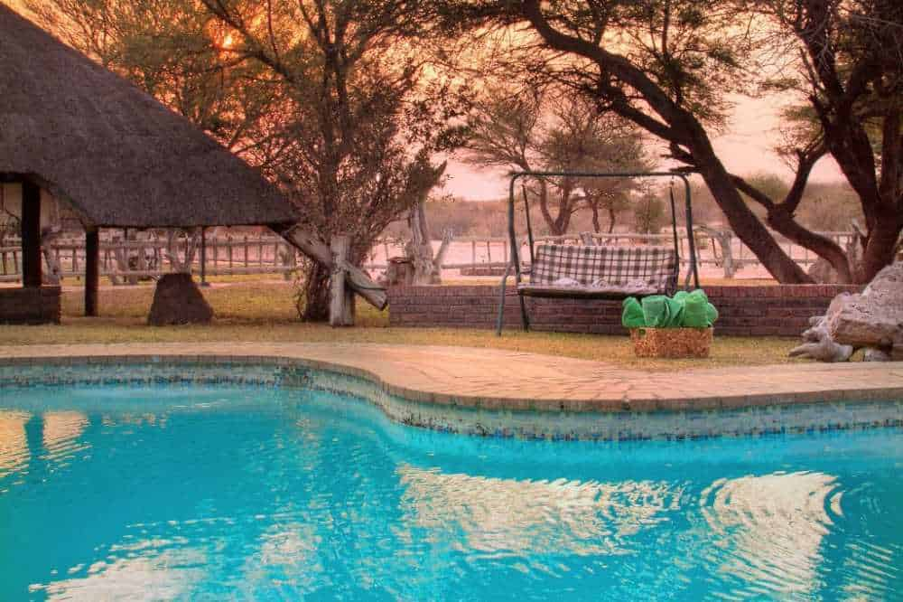 Grasslands Bushman Lodge | Taga Safaris