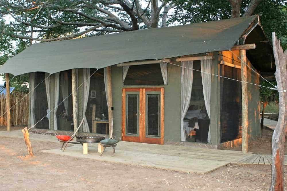 Ruckomechi Camp