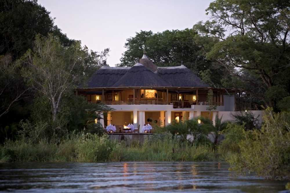 Sussi Lodge and Chuma House | Taga Safaris - An African Safari with the Pioneers