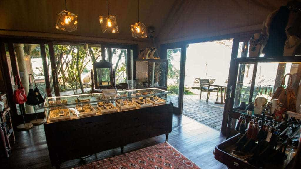 new boutique Safari Shop andbeyond bateleur camp