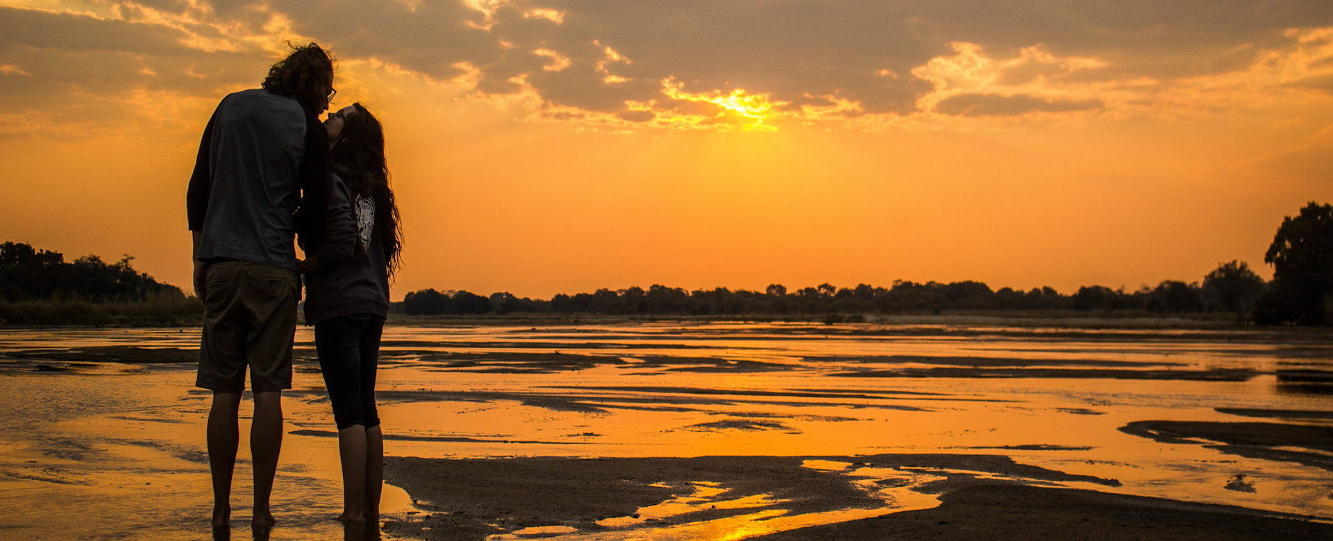 Honeymoon Safaris - Zambezi River