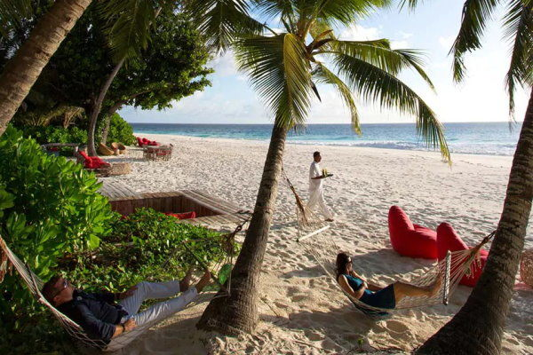 African Safaris Relaxing on the Indian Ocean Islands