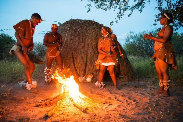African Safaris Tribal Dancing